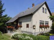 3 szintes családi lakóház Balatonbogláron, jó ár-érték arányban eladó!