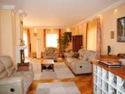 Táborhegyen kétlakásos jó állapotú családi ház eladó - Budapest III. kerület