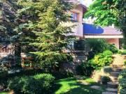Eladó Luxus családi ház Adyligeten csendes környezetben - Budapest II. kerület