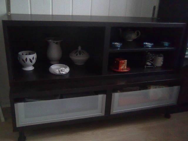 Ikea butorok fekete szinben eladok - Gödöllő - Otthon ...