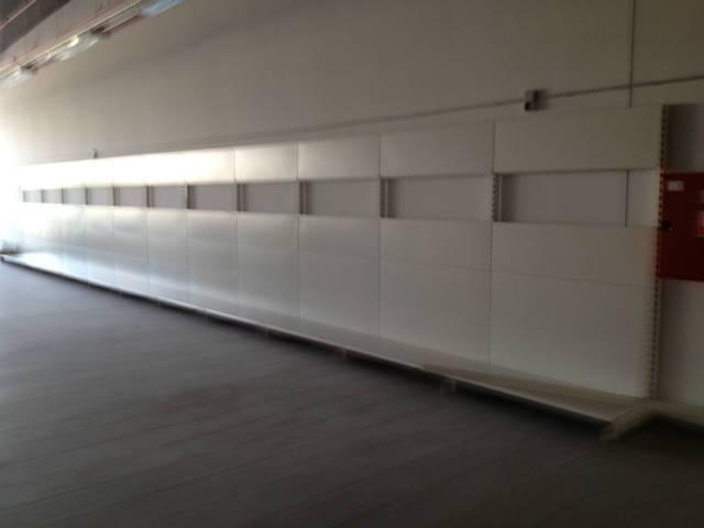 Használt Tegometall fali polc üzletberendezés eladó - Gödöllő - Otthon, Bútor, Kert