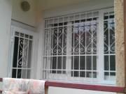 Ajtórács,ablakrács, fém galéria, előtető, erkély rácsozás, zár. Lakatos munka! 06 30 613 1909