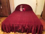 Nagyon szép franciaágy+ ágytakaró egyedi készítésű újszerű állapotban eladó fotó