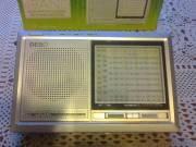 12 hullámsávos újszerű állapotú világvevő rádió dobozában eladó
