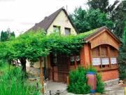 Eladó 75 nm-es tégla lakás Csepreg Csepregen csendes környezetben családi ház bútorozottan eladó 250