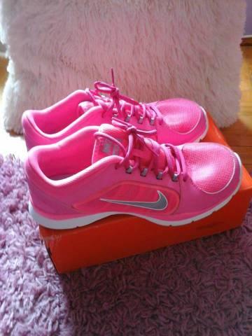 Eladó NIKE cipő! - Békéscsaba - Ruházat cb0fd41736