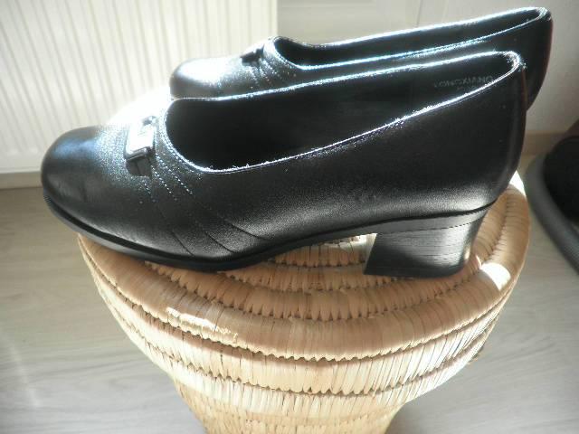 e85879da38 Új női cipő fekete 38 méret kényelmes - Siófok, Koch Róbert u.25/A ...