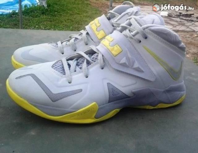 Kosaras Kosaras Nike Szeged Szeged Zoom cipő Lebron Soldier 42 Deszk VII  wIxTTH b7d76fce6e