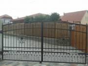 Kovácsoltvas kerítések, kapuk gyártása, lakatos munka
