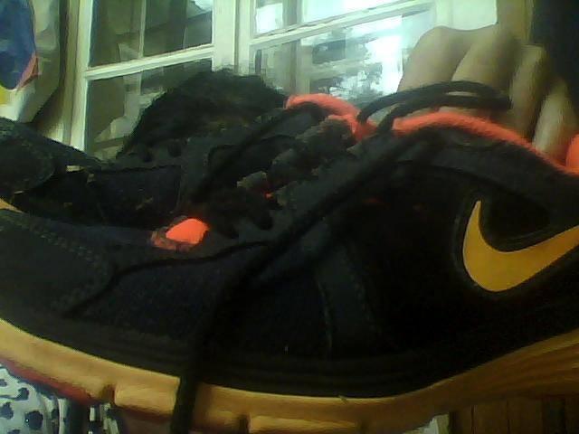 fbb8abf4e9 nike narancssárga fekete sport cipő eladó - Nyírbátor - Egyéb eladó