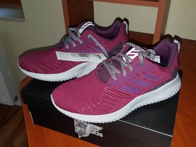 Bordó színű Adidas 38-as női vadonatúj edzőcipő dobozában - Budapest XVII.  kerület c1c5f4b1f6