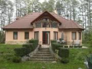 Bakonyi kisbirtok luxusházzal, kis tóval eladó! - Pápa