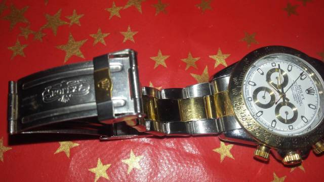 Új Rolex Daytona féfi karóra olcsón eladó a14941bb5c