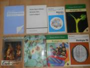 Jó állapotú középiskolai tankönyvek eladók!