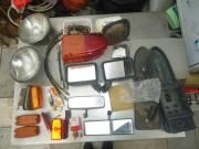 Trabant alkatrészek (fényszó, hátsólámpa, visszapillantó, fékcső stb.)
