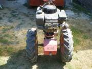Kerti traktor eladó fotó