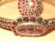 Gránát köves antik ékszergarnitúra 19. sz. nyakék + karreif + gyűrű