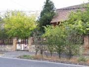 XVIII. Darányi utcában 2 szobás ház kerttel, garázzsal eladó!