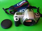Alig használt, hibátlan CANON EOS 300 tükrös kisfilmes fényképezőgépváz eladó.