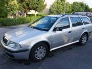 Skoda Octavia 1.9 TDI kombi 2004 évjáratú 695000 eladó -taxi volt.
