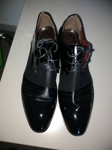 Férfi cipö elado és torna cipö. Teljesen uj - Vác 6a0812aae8