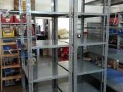 Salgo polc 91x60cm 12.000/Ft sorolva eladó4 tálca 2oszlop + oszlop 3.000/pár