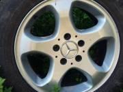 Mercedes-Benz 16-os könnyűfém felni készlet (4 db) eladó.