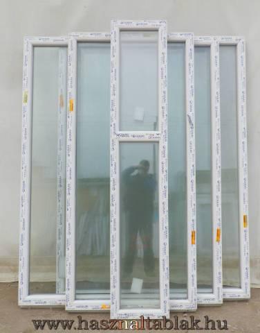Építkezésből megmaradt ablakok
