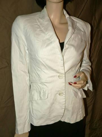 MNG Suit fehér csíkos karcsúsított blézer 38 - Budapest I. kerület ... b458029c99