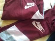 Szabadidő ruhák újak