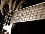 Basszusgitár oktatás