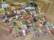 Rengeteg játék, favonat, járművek, PC stb.