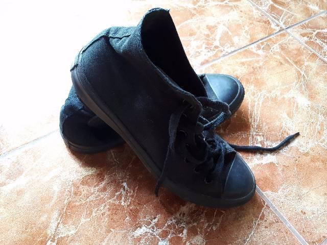 62a26cefee eladó férfi Converse tornacipő - Budapest XXI. kerület - Ruházat, Ruha