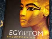 Egyiptom - Évezredek kincsei könyv + ajándék papirusz kép+ szkarabeusz