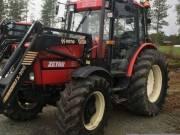 Traktor Zetor Z85T40 A homlokrakodó fotó