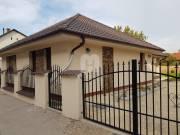 Székesfehérváron, exkluzív ház központi környezetben eladó!, Maroshegy