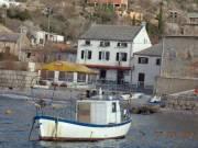Horvátországban nyaraló 10m a tengertől   kiadó