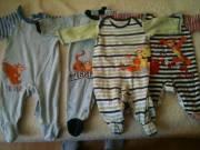 Baba ruhák és kiscipö