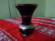 Fekete kis váza arany csíkokkal eladó