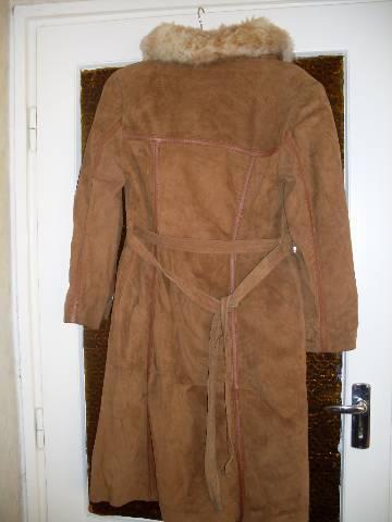 Női Valódi hasított bőr bőrkabát irhakabát irha szőrme gallérral ... 0da865ad7e