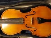 Eladó hegedű