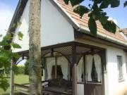 Mezőberényben 70m2-es,kétszintes, kemencés hétvégi ház eladó