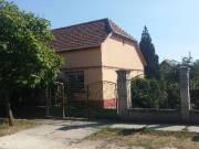 Dunaharasztin eladó vagy cserélhető felújított téglaház