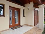 Kiváló minőségű, igényes anyagok felhasználásával megépített luxus családi ház, Balaton 400 m