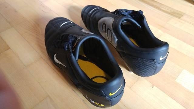 Nike total 90 III stoplis focicipő 42-es nagyon jó állapotban eladó ... 7bb2cfce12