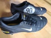 Nike total 90 III stoplis focicipő 42-es nagyon jó állapotban eladó!