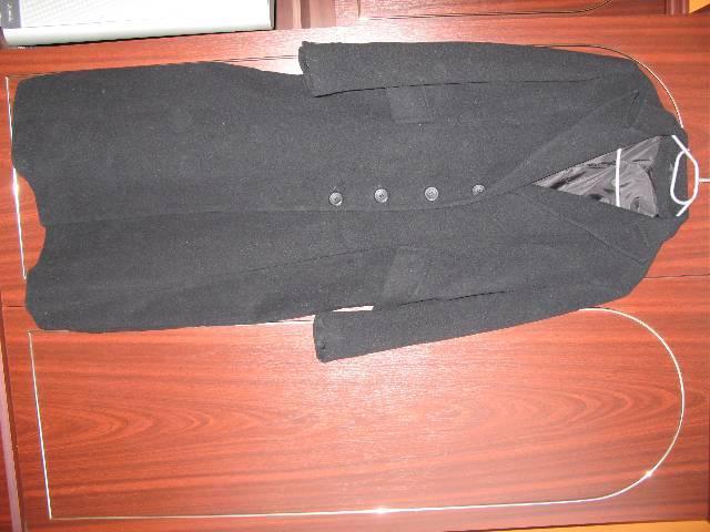 Női fekete hosszú tavaszi kabát eladó - Miskolc - Ruházat 177f96ad59