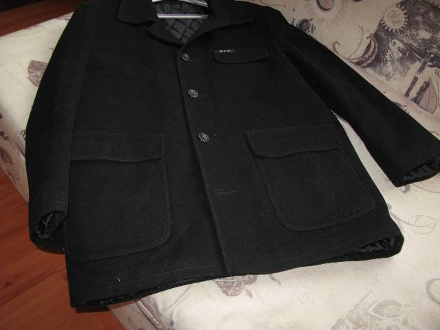 6706a0ffba Férfi fekete téli szövet kabát olcsón eladó - Miskolc - Ruházat, Ruha