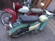 Retro autót, régi motort, retro robogót, régi kerékpárt keresek!