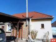 Eladó 79 nm-es Felújított Családi ház Tát